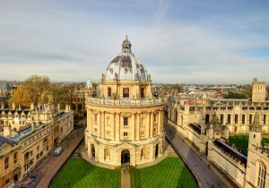 Dr Pigozzi Participates in the Oxford Symposium in Comparative and International Education