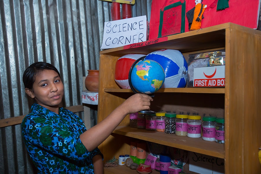 Marufa: One Girl Determined to Go to School