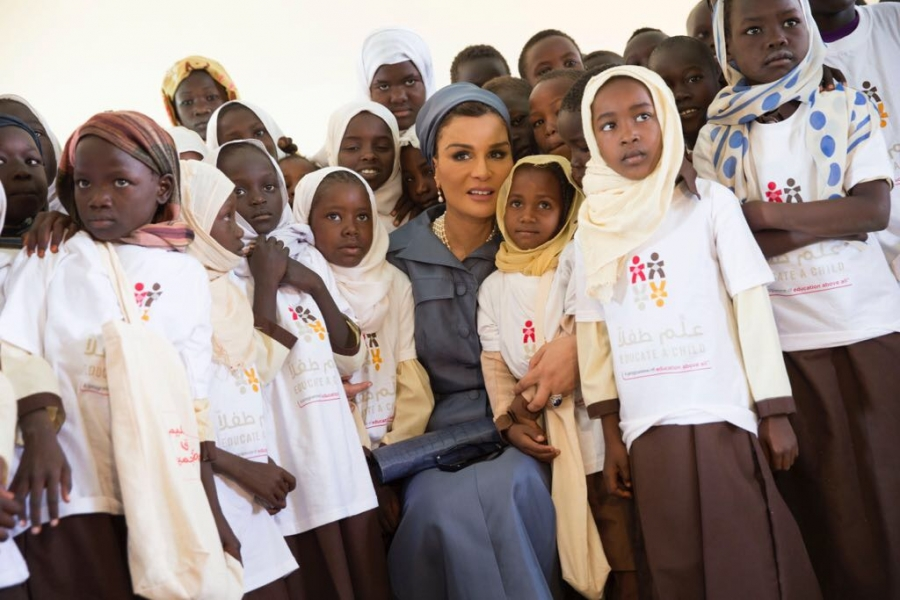 Her Highness Sheikha Moza bint Nasser visits Alternative Learning Programme in Khartoum